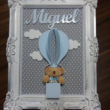 porta maternidade de ursinho em balão  com nome Miguel