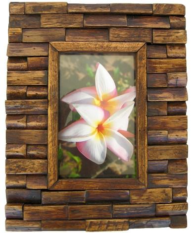 porta retrato decorado com madeira